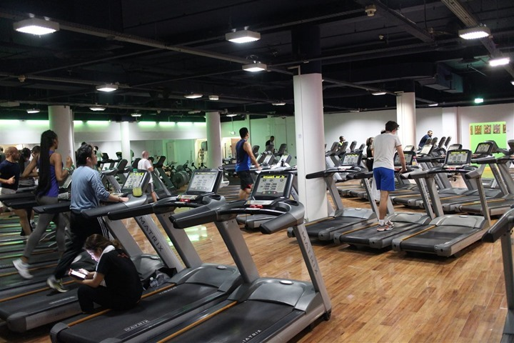 A lot of treadmills