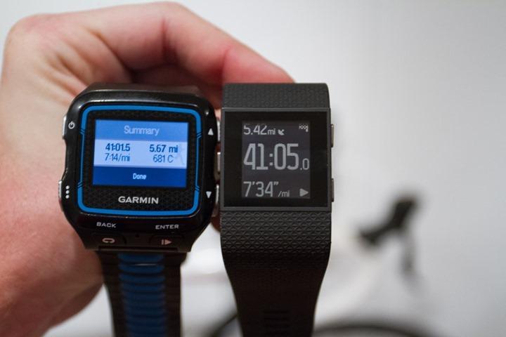 Fitbit-Surge-vs-Garmin-920XT
