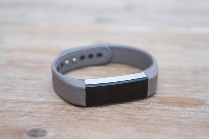 Fitbit-Alta-Front-Leather-Band