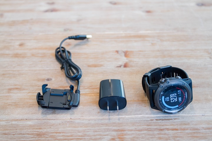 Garmin-Fenix3HR-Box-Parts-Charger