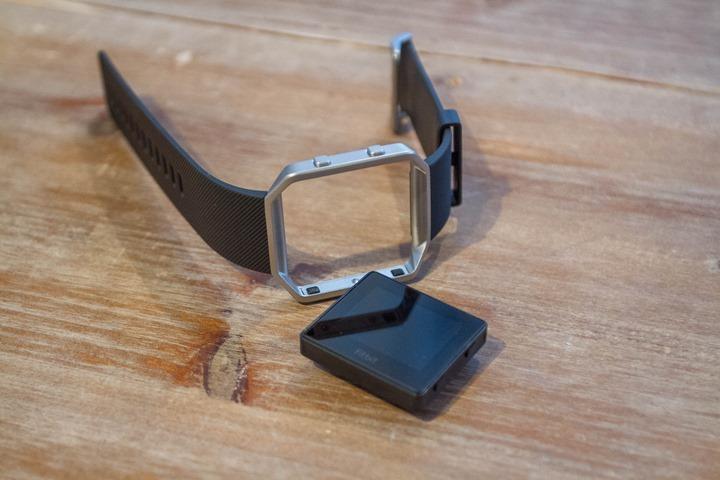 Fitbit-Blaze-Unboxing-PodOut