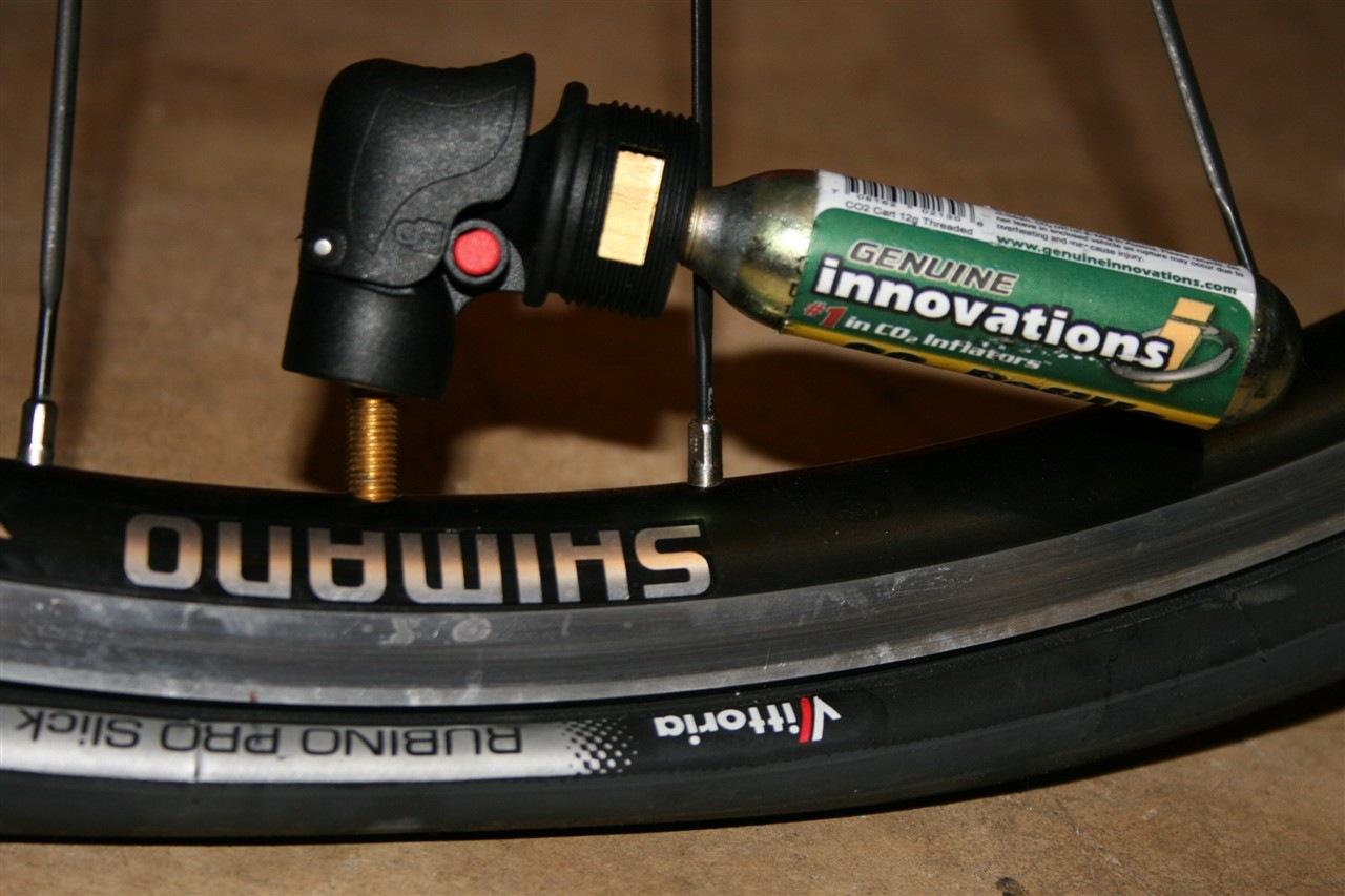Wheel up Bike Tyre CO2 Inflator Insulated Sleeve Bicycle Pump For MTB Road BikeQ