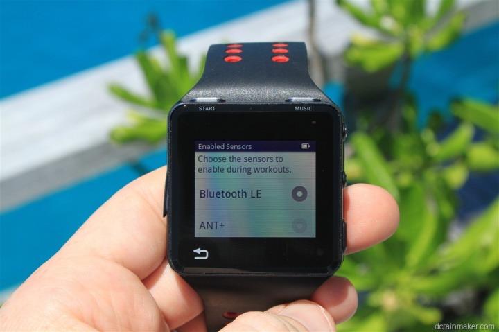 Motorola Motoactv BLE BTLE Bluetooth Smart or ANT choice