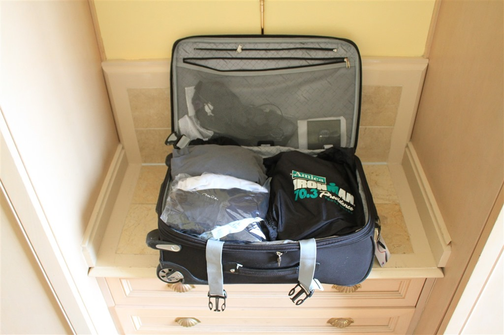 05da613a99f1 Tricks to getting suitcases packed and workouts done while ...