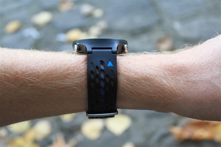 Garmin FR620 on wrist