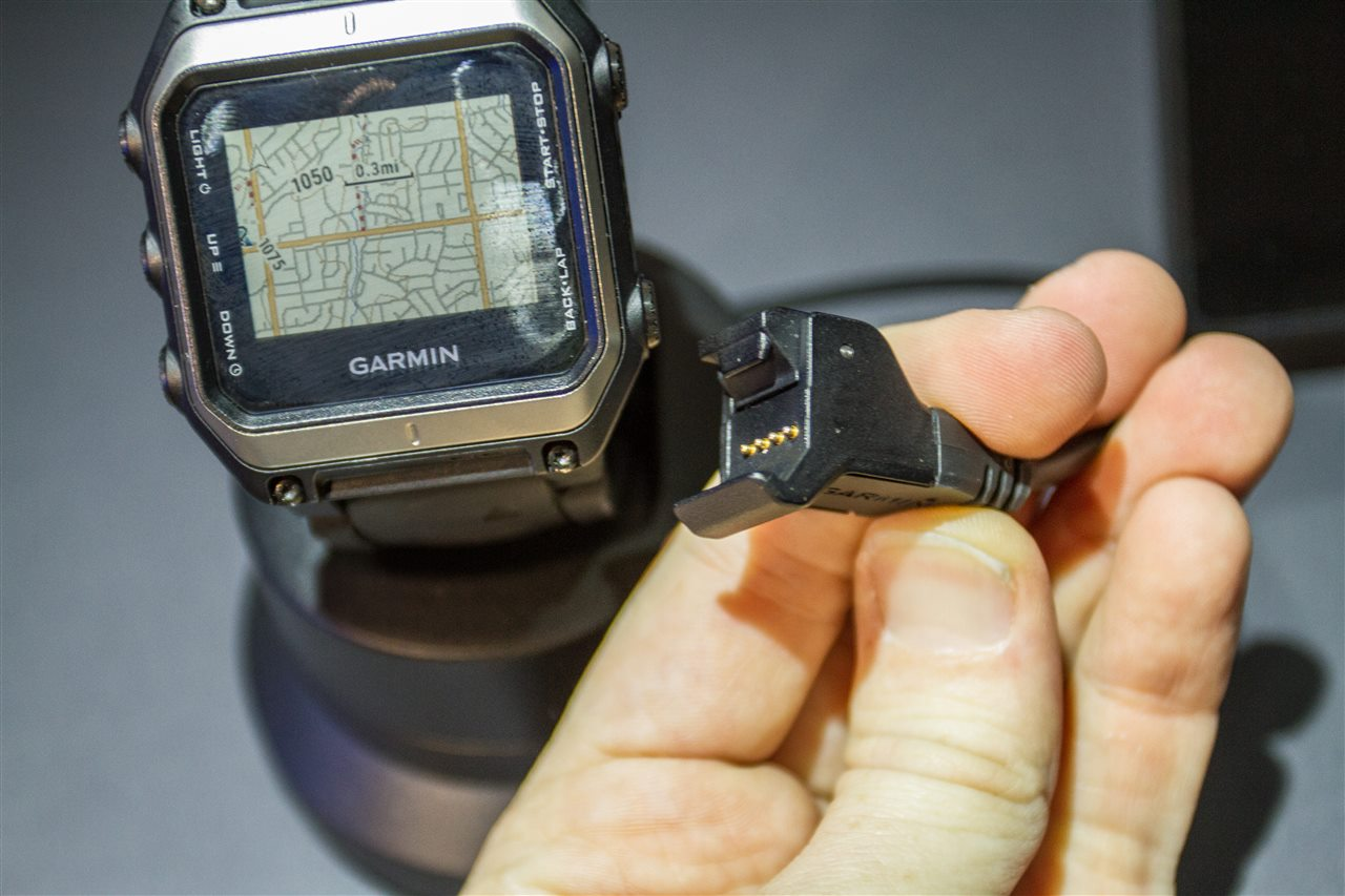 Handson With The Garmin Epix GPS Mapping Multisport Watch DC - Garmin us canada maps download