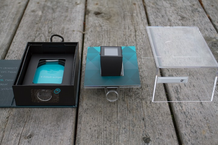 Fitbit-Surge-Unbox-Components