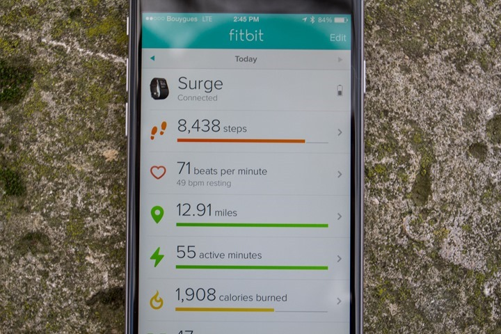 Fitbit-Surge-with-App-Settings