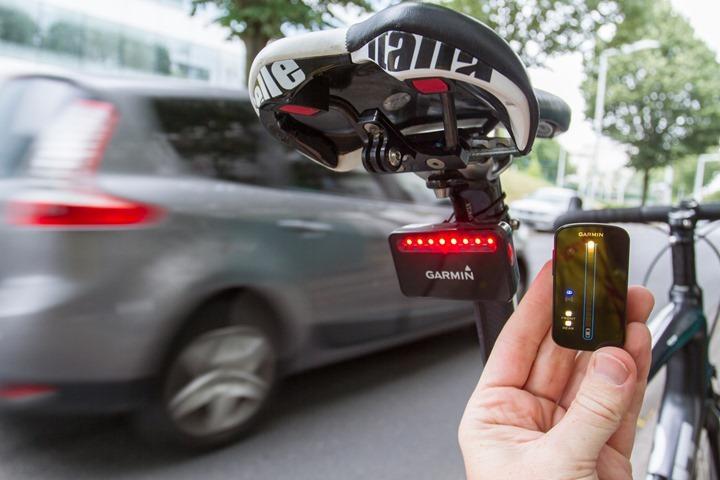 Varia-Bike-Radar-Car-Passing