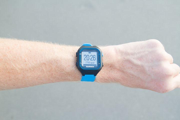 Garmin-FR25-Wrist
