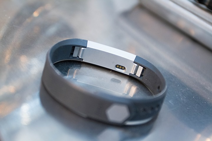 Fitbit-Alta-Back-Black-Band