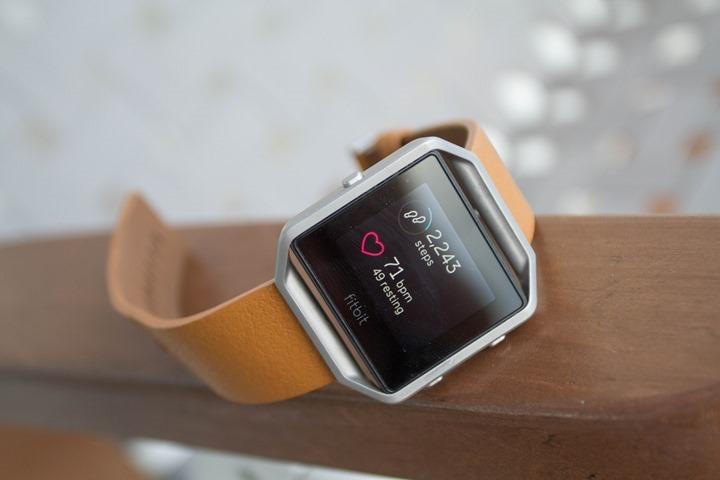 Fitbit-Blaze-LeatherStrap2