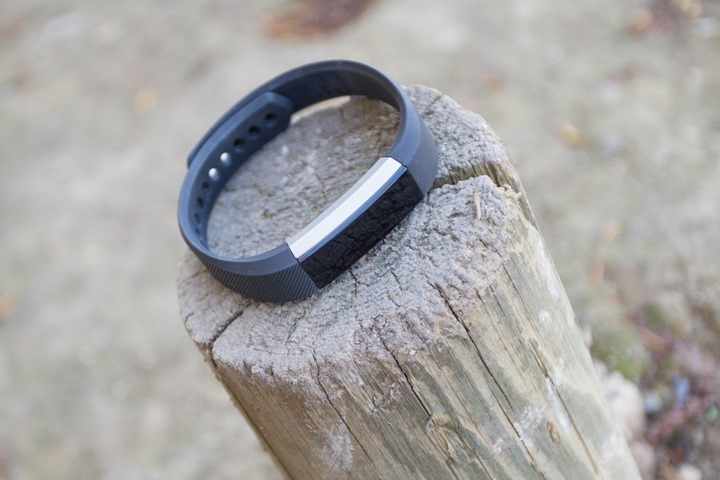 Fitbit-Alta-Front-Facing
