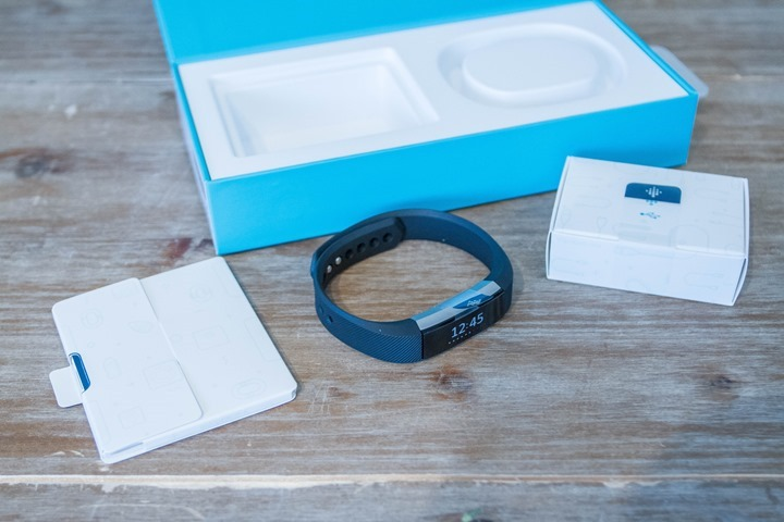 Fitbit-Alta-Unboxing-Parts