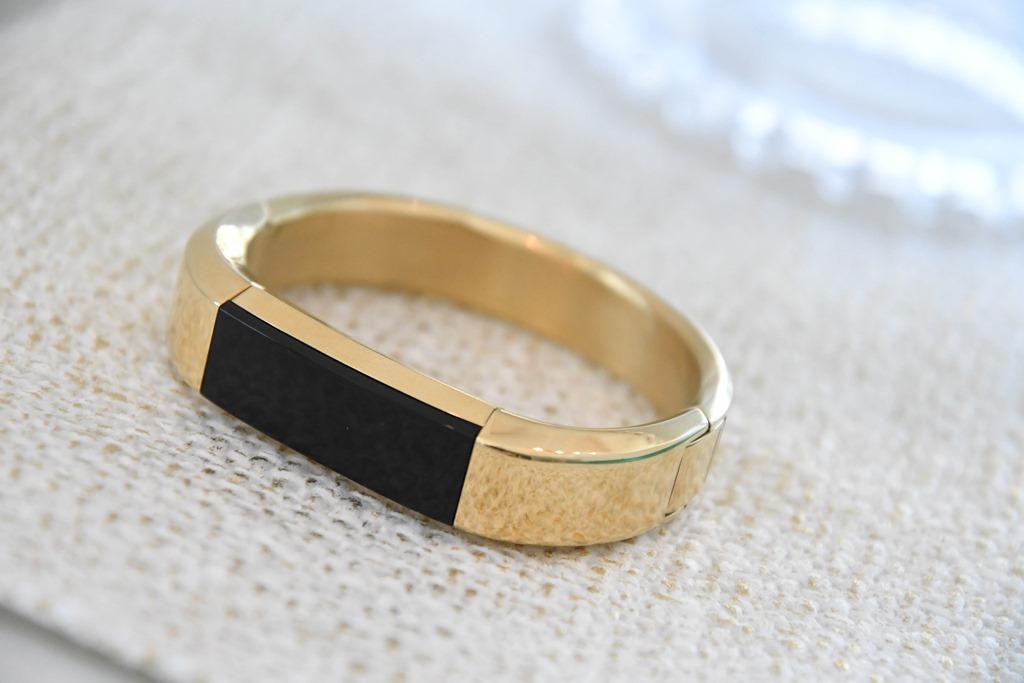 22k Gold Wedding Band 20 Cool DSC