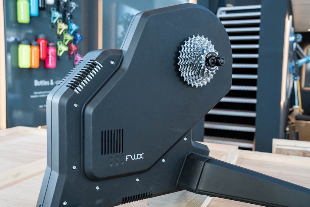Hands-on: The new Tacx Flux Smart Trainer | DC Rainmaker