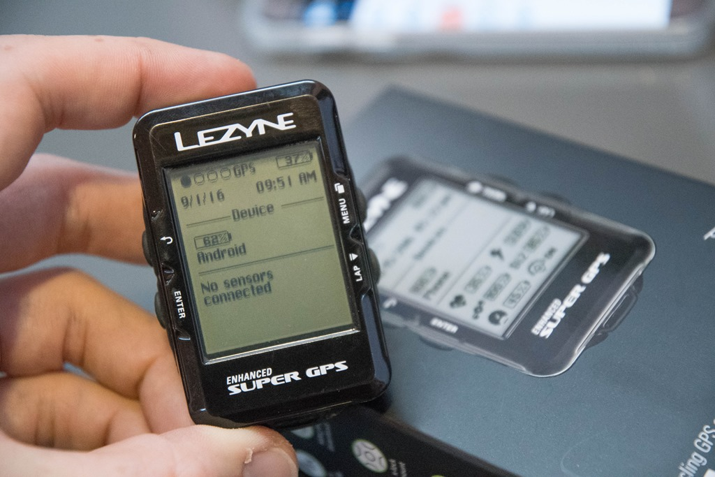 Hands-on with the Lezyne Super GPS Bike Computer | DC Rainmaker
