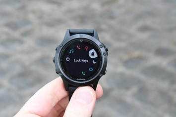 Garmin-Fenix5-Control-Wheel-LockScreen