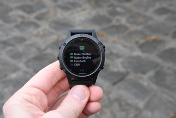 Garmin-Fenix5-SmartphoneNotifications-List