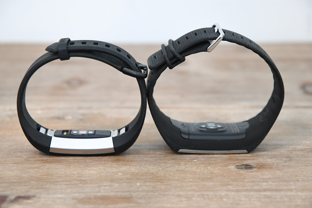 how to clean fitbit alta hr