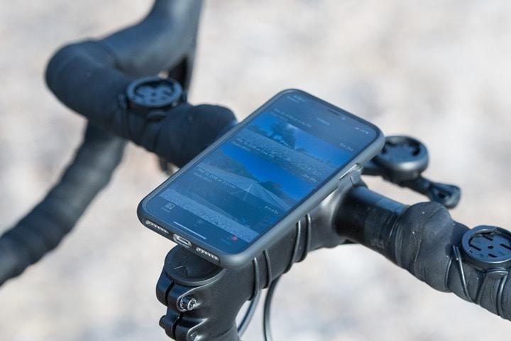 Skydio-R1-On-Phone