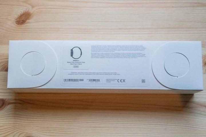 AppleWatchSeries4-BoxBack