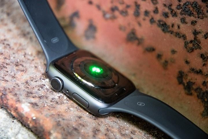 AppleWatchSeries4-OpticalHR-Sensor