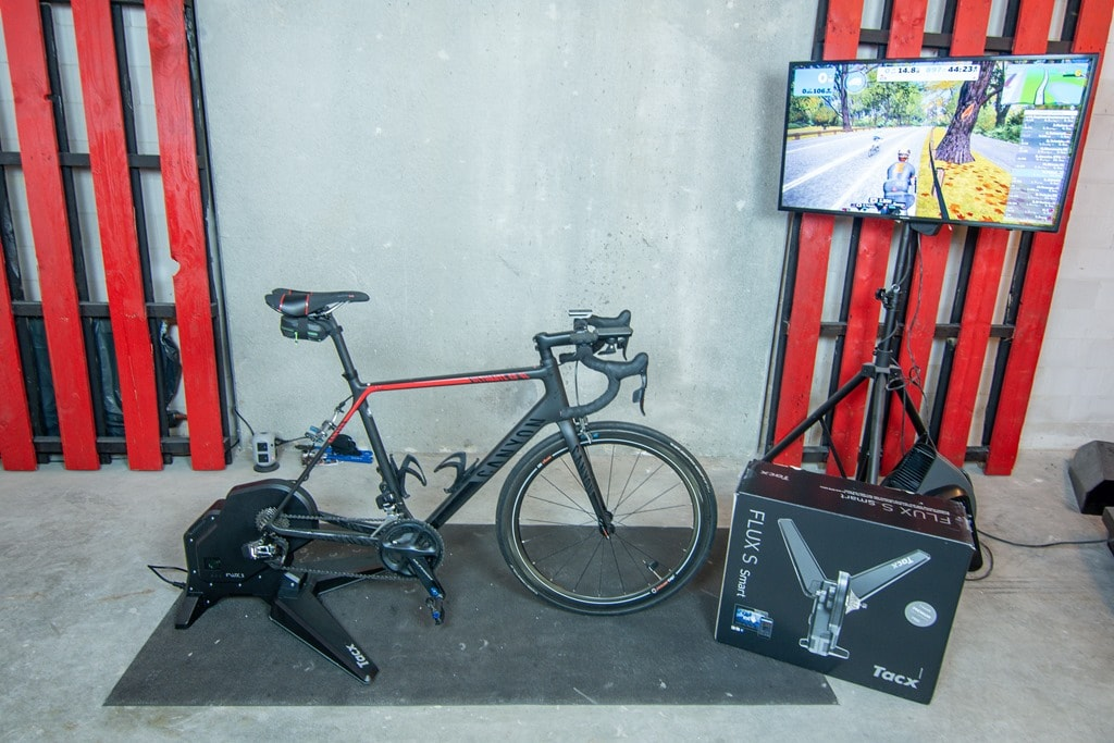 Tacx Flux S Smart Bike Trainer New!!!!