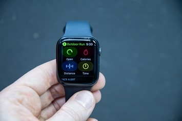 Apple-Watch-Series-5-Select-Goal