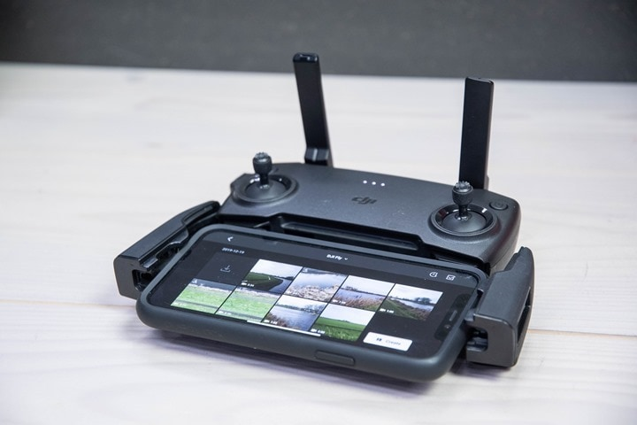 DJI-Mavic-Mini-Controller-iPhone-Connected