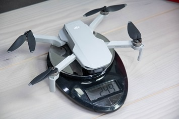 DJI-Mavic-Mini-Weight-249g-Scale