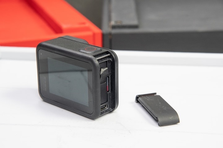 GoPro-Hero8-Black-Battery-Door-Removal