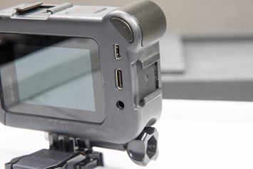 GoPro-Media-Mod-Coldshoe-Mount-Side