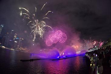 Insta360-Fireworks1