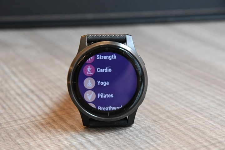 Garmin-Vivoactive4-Yoga-Sport-Choose