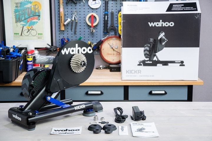 Wahoo-KICKR-V5-2020-Box-Pieces