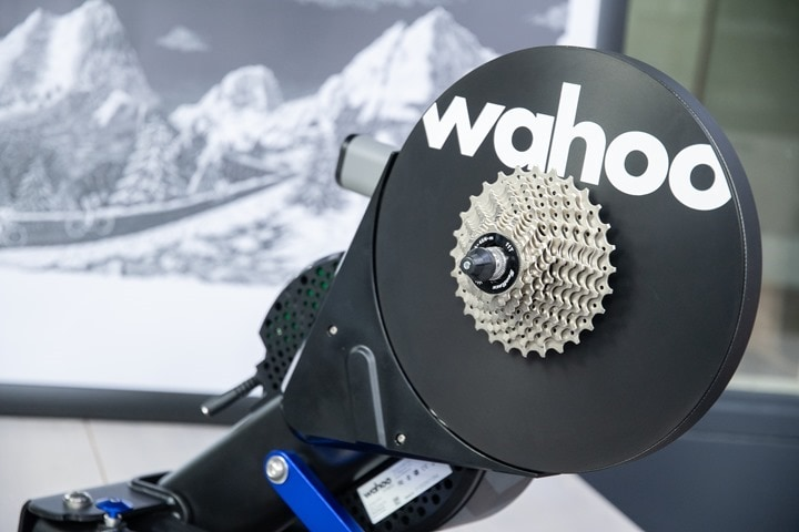 Wahoo-KICKR-V5-2020-Unboxing-Shot