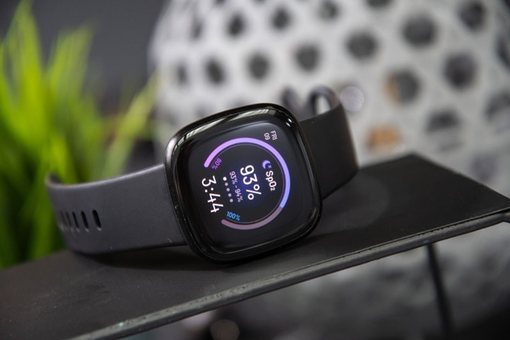 Fitbit-Versa3-SpO2-AdvancedHealthFeatures