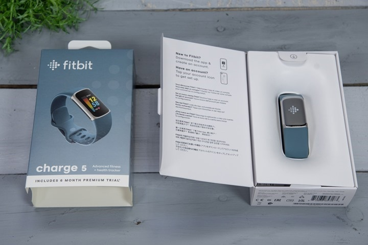 Fitbit-Charge-5-Box-Opened