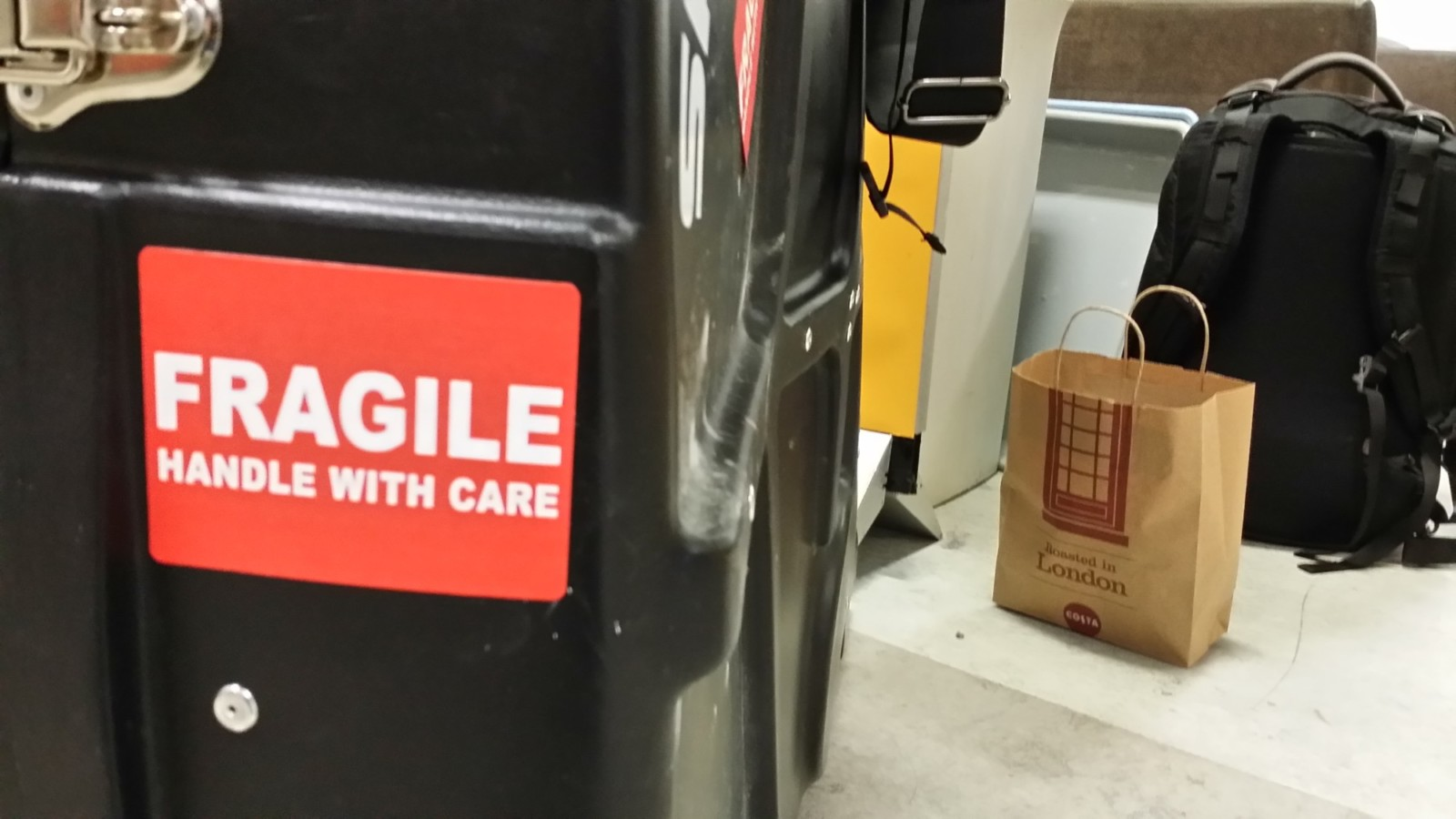 """8b6df1cb54ca I ve had """"FRAGILE"""" stickers on all sides of my BikeBoxAlan case since Day  1"""